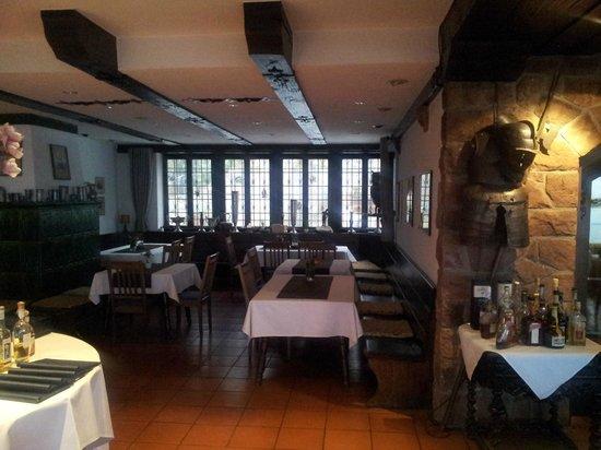 Burg Windeck Hotel und Restaurant: dining room