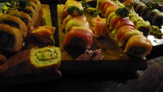 Tengoku Japanese Restaurant:                   great sushi