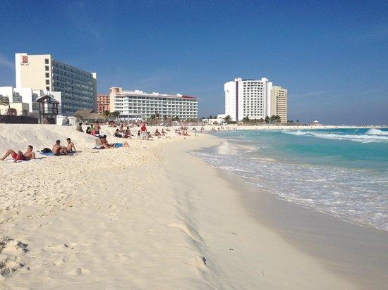 Krystal Cancun: LA spiaggia
