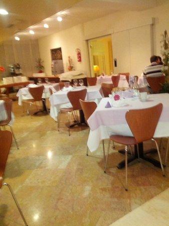 Montemezzi Hotel: sala ristorazione