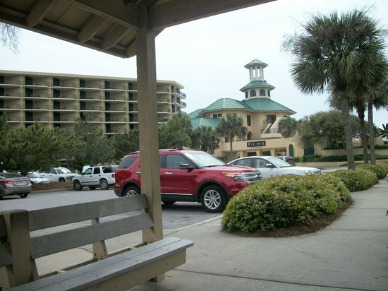 Sandestin Golf and Beach Resort:                   waiting on free shuttle