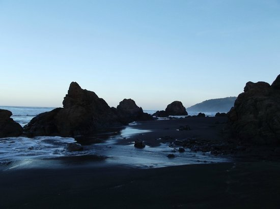 Howard Creek Ranch:                   Amazing beach