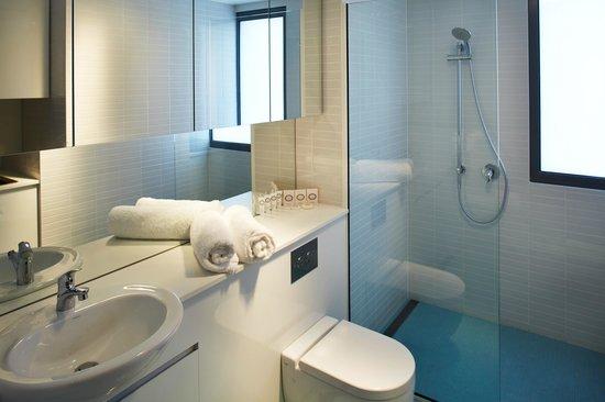 Salamanca Wharf Hotel: Bathroom