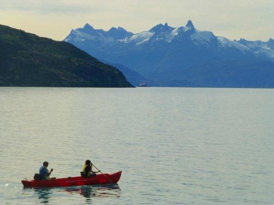 Terra Luna: Vitas desde el Lodge del Lago   General Carrera