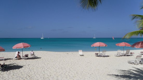 Ocean Club Resort:                   more crowded beach...