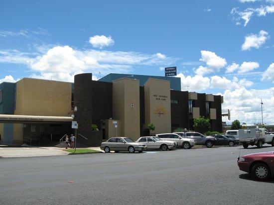 Club Motel :                   The R.S.L. Club next door