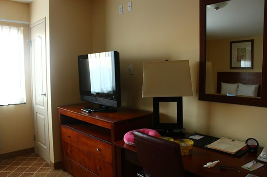 Comfort Inn Cockatoo Near LAX Airport: flat screen tv