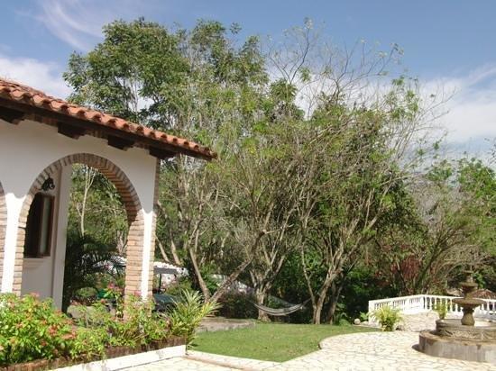 Hacienda la Esperanza:                   Relax and enjoy a tranquil setting.