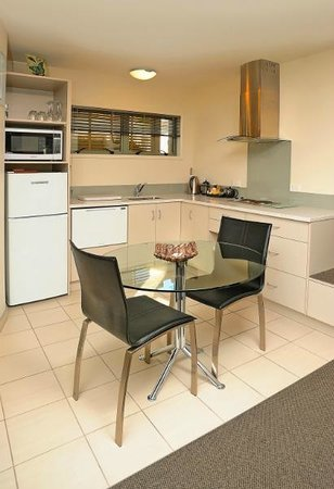 ASURE Jasmine Court Motel: Fully equipped kitchen for self catering