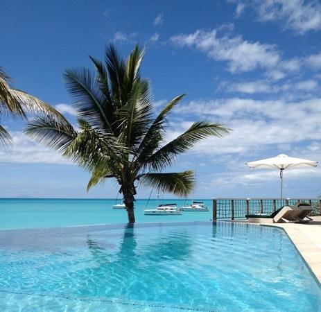 Cocobay Resort:                   Poolside