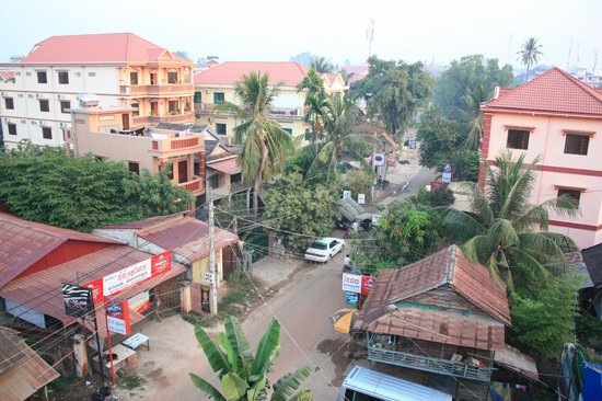 Angkor River Guesthouse: View from rooftop