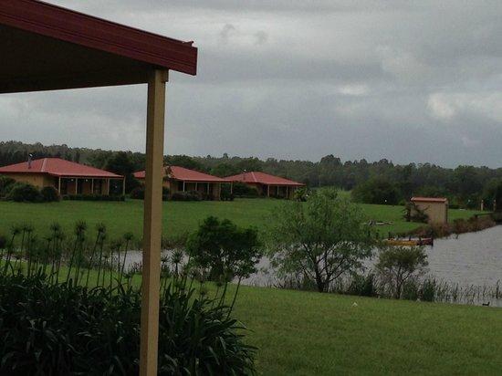 Broken View Estate - Cottage 5 View 002