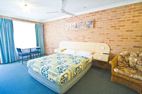 Branxton House Motel: queen bed room