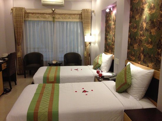 Hanoi City Palace Hotel:                   Twin Room (Standard)