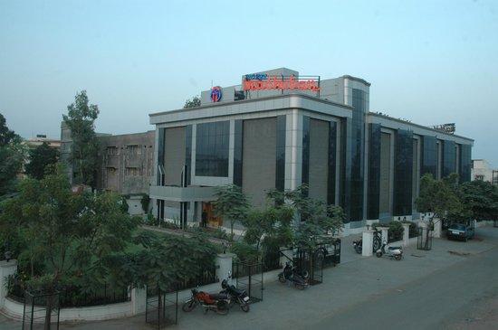 Gandhidham, India: HOTEL ELEVATION