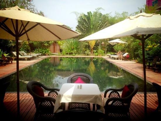 Phka Villa:                                     pool view at noon