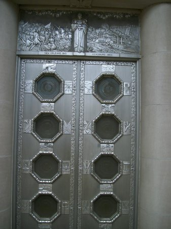 Mississippi War Memorial Building:                   one of the doors going inside the memorial