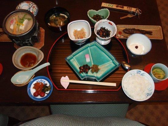 Iwayakan:                   夕食料理