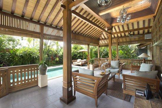 Villa Berawa : Dining area - 2 bedroom pool villa