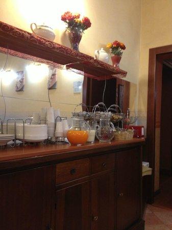 Hotel Aquarium:                   cafe1