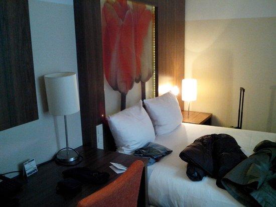 Hampshire Hotel - Eden Amsterdam:                   Habitación 512