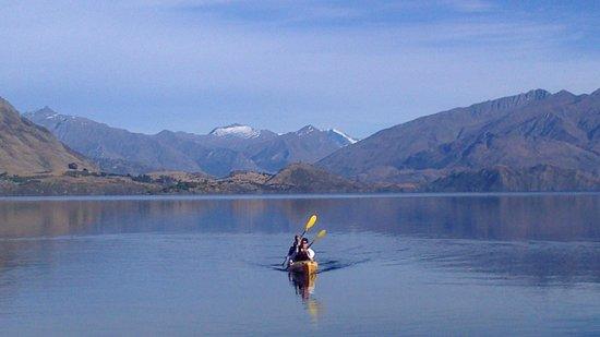 Wanaka Kayaks Sup & Sail: Beautiful February mornings!