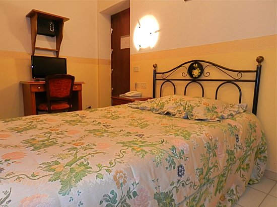 Hotel Desiree: Single Room