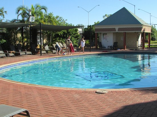 Country Comfort Inter City Hotel:                   The Hotel Swimming Pool