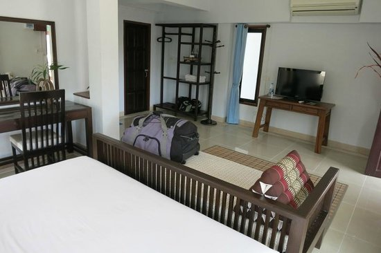 Yindee Stylish Guesthouse:                   A view across the room