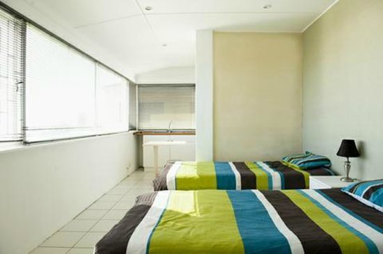 Endless Summer Beachhouse: Seaview Room