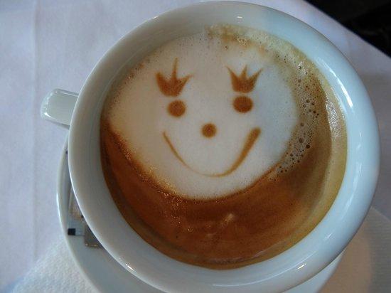Hotel Jagerhorn:                   Le petit café sympa du matin!