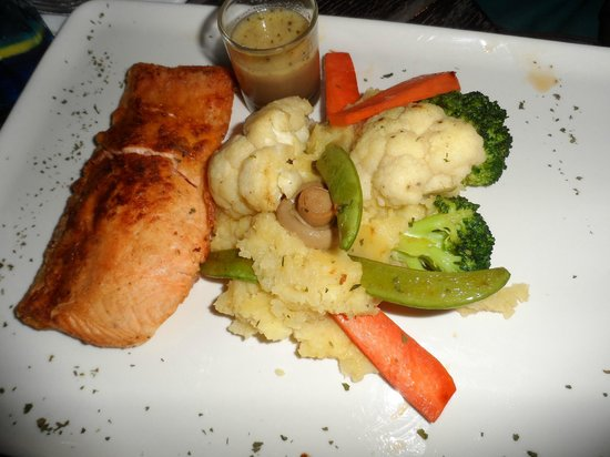 Sharing Planet:                                     ~grilled salmon~