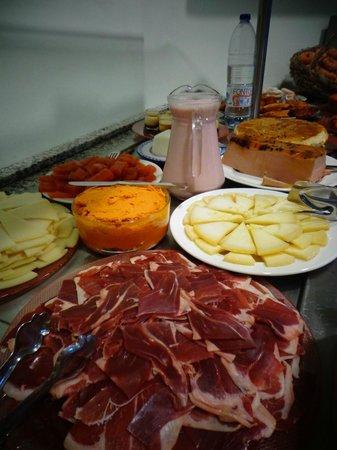 Hotel Estrella de las Nieves: Desayuno buffet