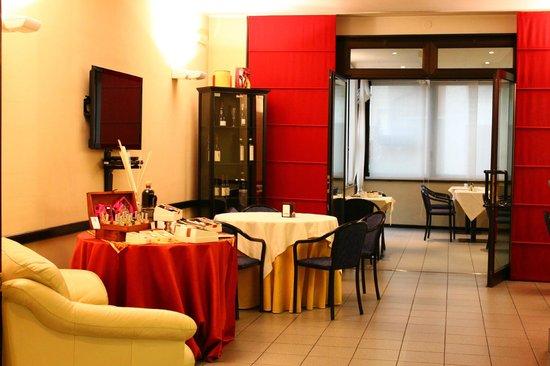 Hotel Griselda: Sala d'attesa e sala Bar