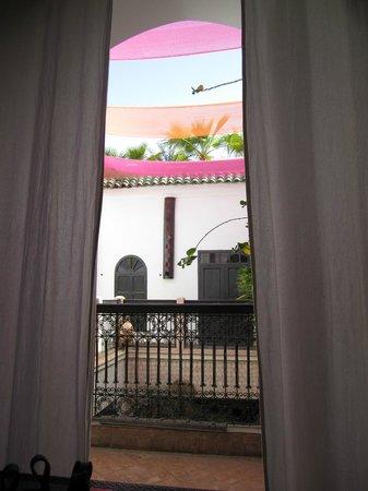 Riad Ta'achchaqa :                   Shaded veranda