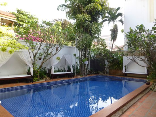 Hilary's Boutique Hotel: Piscine