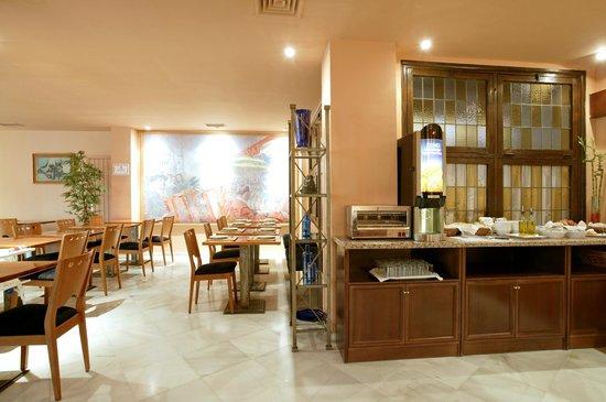 Hotel Lima Marbella: Desayunos