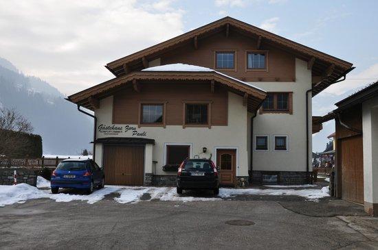 Zorn-Pauli:                   Hotel