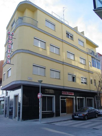 Hostal Sanmar:                   HOTEL