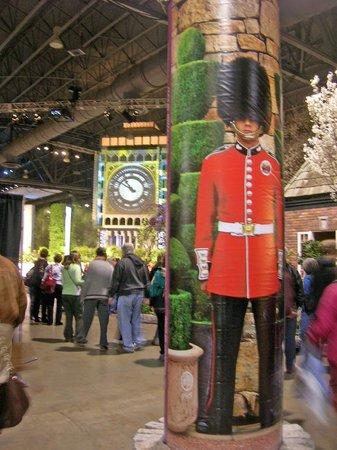 Pennsylvania Convention Center: Floor of the flower show