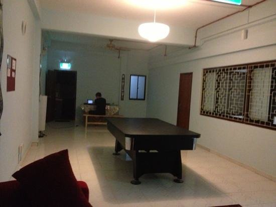 GUSTI Bed & Breakfast Singapore:                   our floor