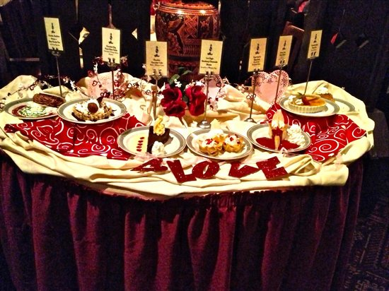 Dessert trolley - Picture of El Tovar Lodge Dining Room, Grand ...