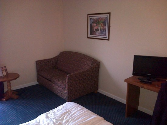 BEST WESTERN Stoke East : Pull out sofa bed