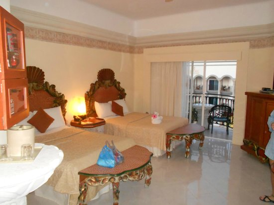 Gran Porto Resort:                                     room