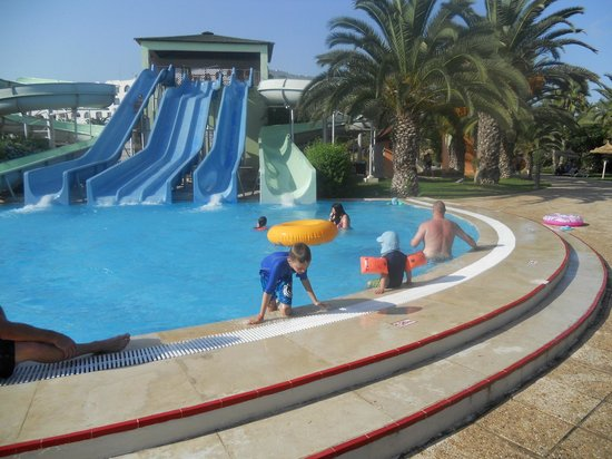 Фотография Holiday Village Manar