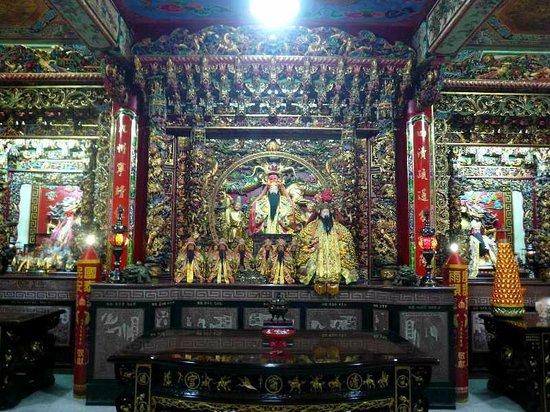 Dianji temple:                   神様