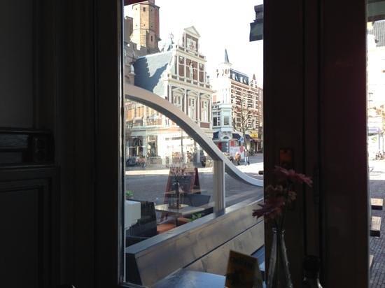 Brasserie L'Anders:                   der Blick aus dem Fenster