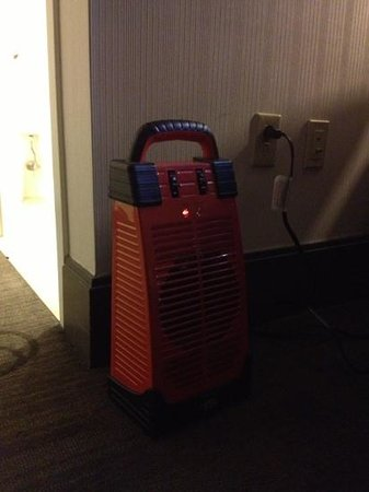W New York - Union Square: if your room is too cold, you might be the happy owner of a space heater; room/bldg clearly need