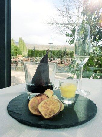 I Capricci di Merion: dessert: pera al vino