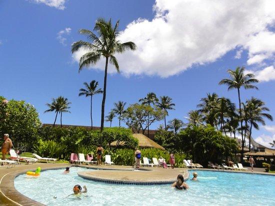 Kaanapali Beach Hotel:                   la piscina